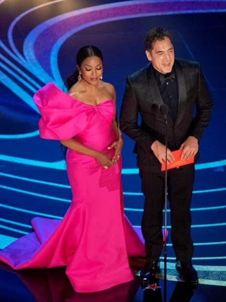 Angela Bassett and Javier Bardem present the Oscar® for best foreign language film during the live ABC Telecast of The 91st Oscars® at the Dolby® Theatre in Hollywood, CA on Sunday, February 24, 2019.