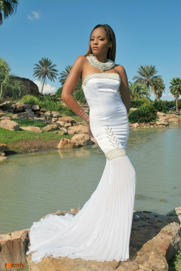 126_Queen-of-the-Brides_2012