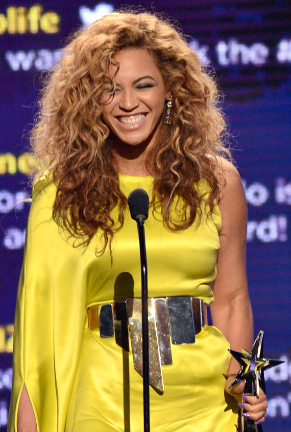 Beyonce at the 2012 BET Awards Chris Tucker to host The BET Awards