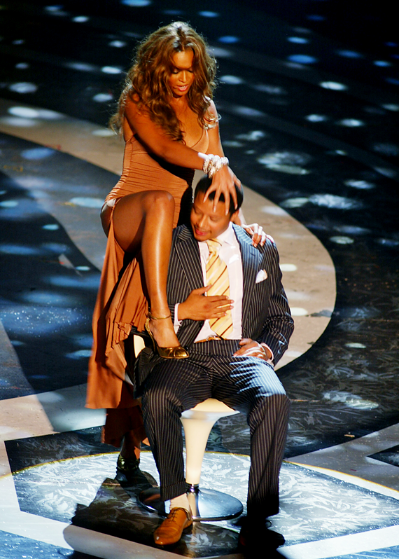 Beyonce & Terence Howard on stage at 2005 BET Awards