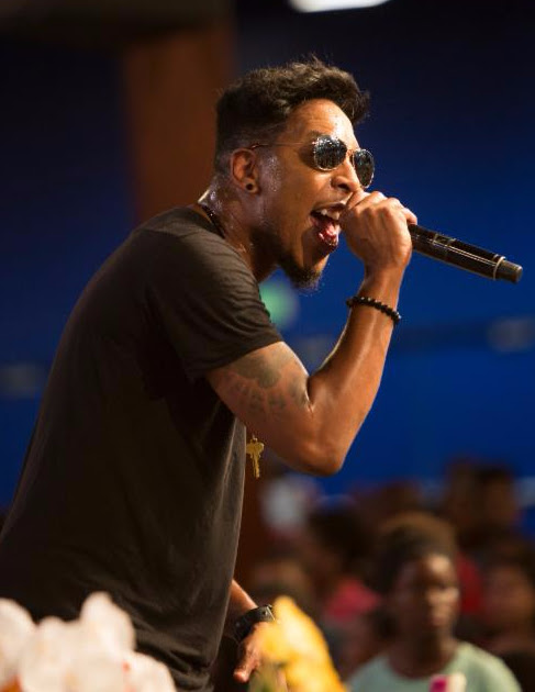 Deitrick Haddon brings the crowd to their feet at the  Fifth Annual Long Beach Gospel Festival Photo credit: Blair Caldwell