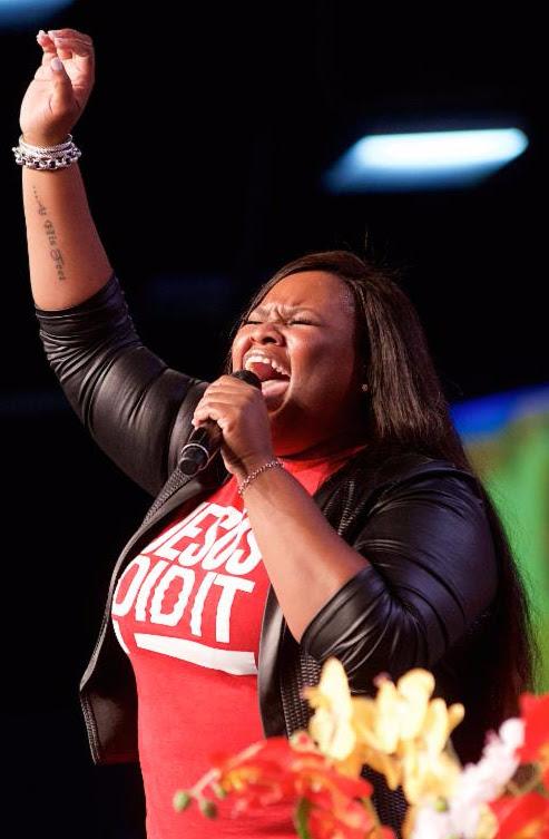 Tasha Cobbs performs at Fifth Annual Long Beach Gospel Festival Photo credit: Earl Gibson III