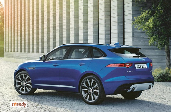 364377_JAGUAR_FPACE_LE_S_Location_02