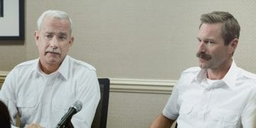L-r) TOM HANKS as Chesley Sully Sullenberger and AARON ECKHART as Jeff Skiles