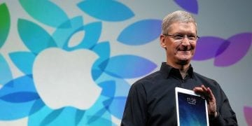 Apple CEO Tim Cook (Photo by Justin Sullivan/Getty Images)
