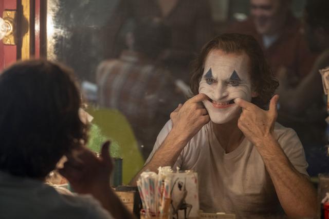JOAQUIN PHOENIX plays Joker