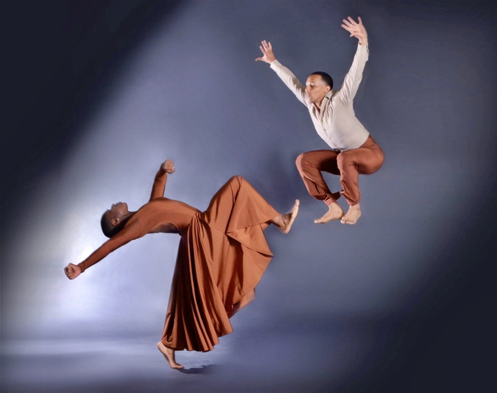 "DBDT dancers Lailah LaRose and Charles Michael Patterson in ""Beams From Heaven."" Photograph by Brian Guilliaux"